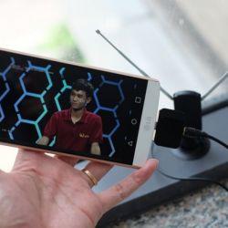Bộ thu truyền hình số DVB-T2 cho Smartphone